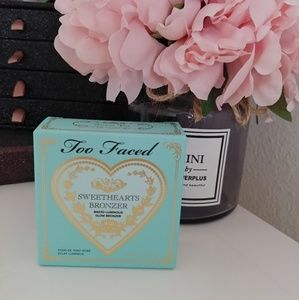 💗NWT Too Faced Sweethearts Bronzer